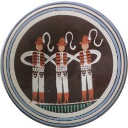 Tanier traja šuhaji s modrým lemovaním, Pozdišovská keramika, Československo