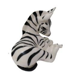 Ležiace mláďa zebry, Lomonosov, Rusko, porcelán