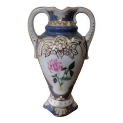 Malá modrá vázička s ružičkou, Royal Dux, Československo