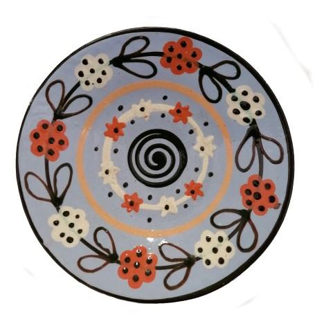 Modrý tanier s motívom špirály a kvetov, Pozdišovská keramika, Československo